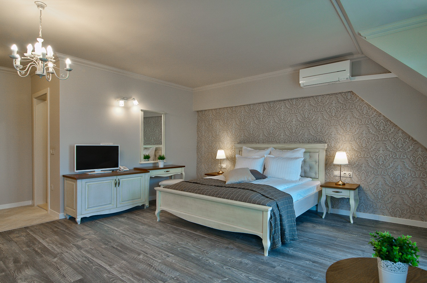 Double room, central sea view
